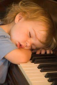Küçük Çocuklar İçin Piyano Eğitiminin Muhteşem 10 Faydası Nedir?